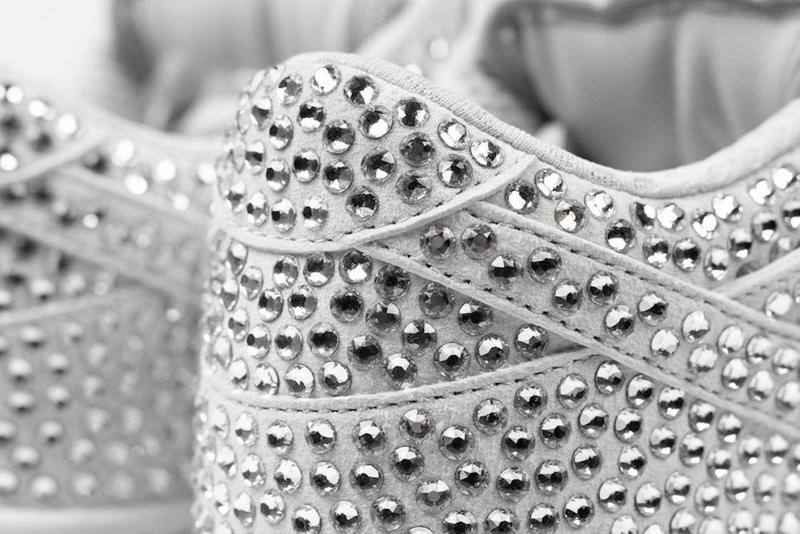 nike cactus plant flea market cpfm collaboration dunk low sneakers swarovski crystals rhinestones platinum white shoes sneakerhead footwear