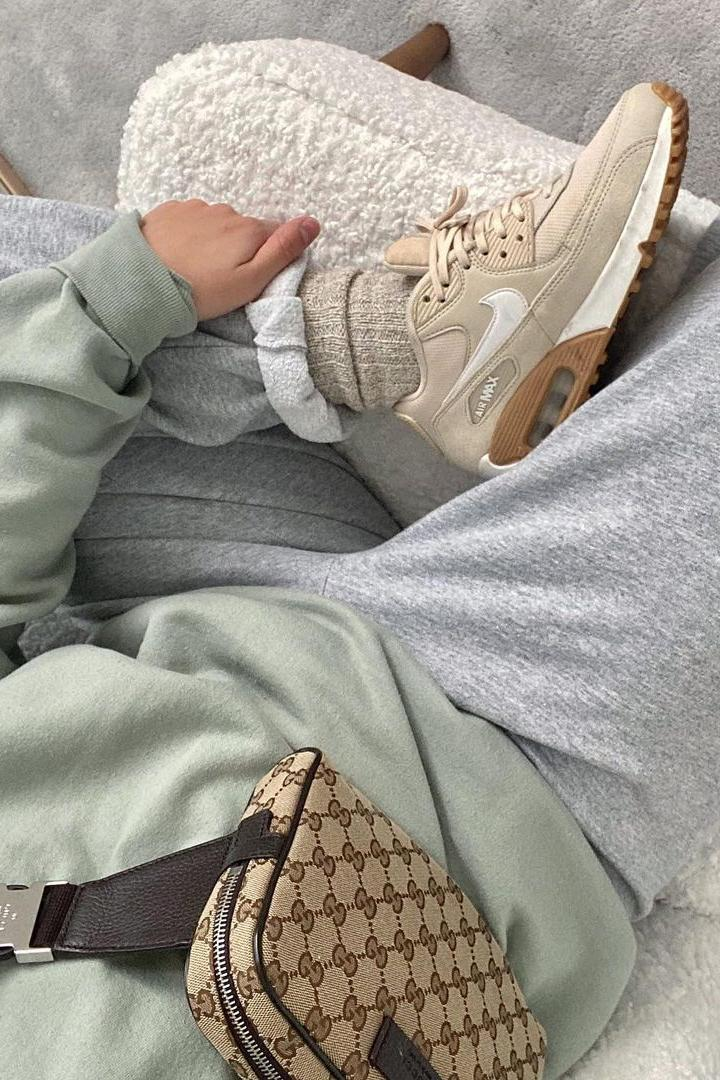 2020 fall winter color combinations outfit inspiration ideas green gray beige nike
