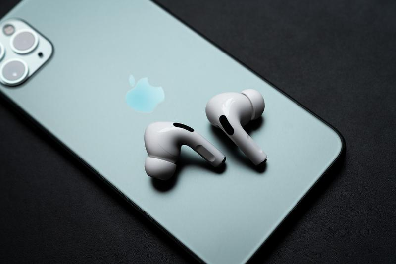 Apple AirPods Pro Earphones Wireless