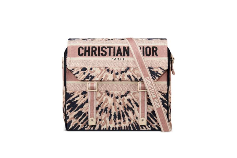 Dior Cruise 2021 Tie-Dye Logo Bags Collection Tote Bag Montaigne Silhouette Pink Navy Blue