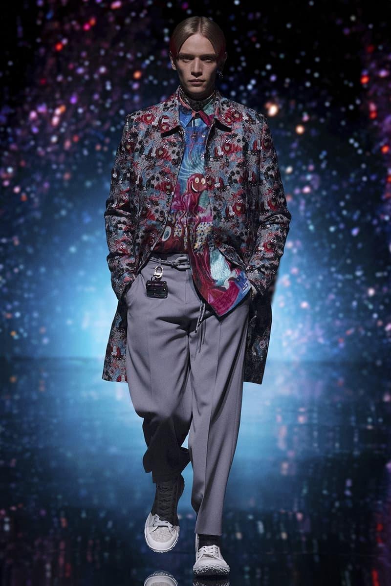 Kim Jones Dior Men's Fall 2021 Collection Collaboration Kenny Scharf Fashion Show Digital Accessories Lookbook