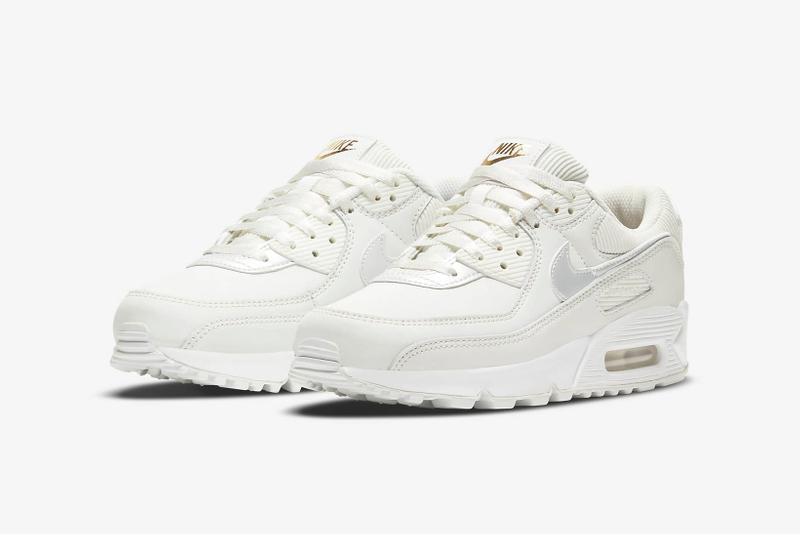 nikes blazer mid 77 air max 90 sneakers white silver gold chain colorway footwear shoes sneakerhead