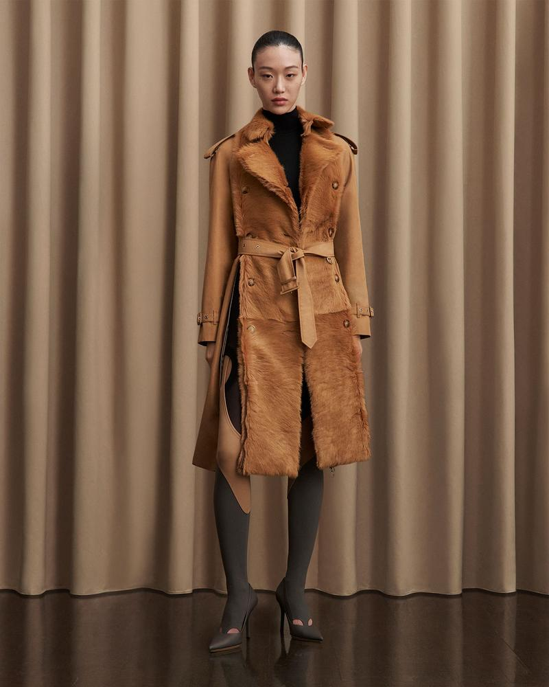 burberry fall winter fw21 pre-collection riccardo tisci faux fur trench coat tights