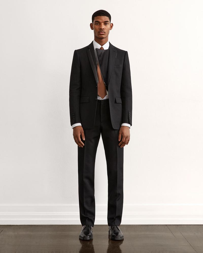 burberry fall winter fw21 pre-collection riccardo tisci black suits
