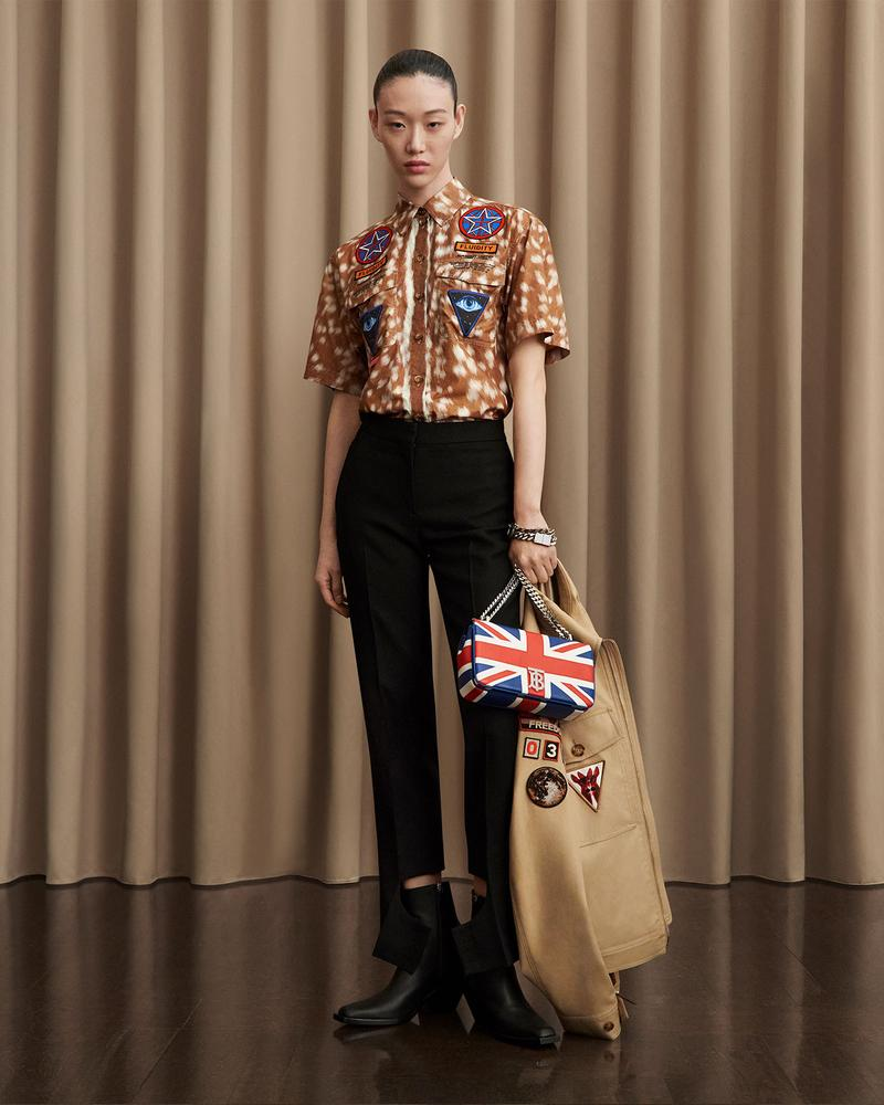 burberry fall winter fw21 pre-collection riccardo tisci army short sleeved shirt jacket bag