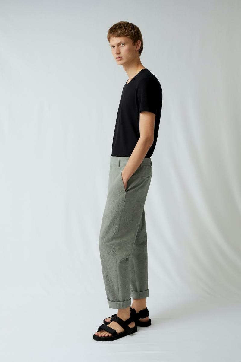cos spring menswear summer collection lookbook black tee t shirt gray pants sandals