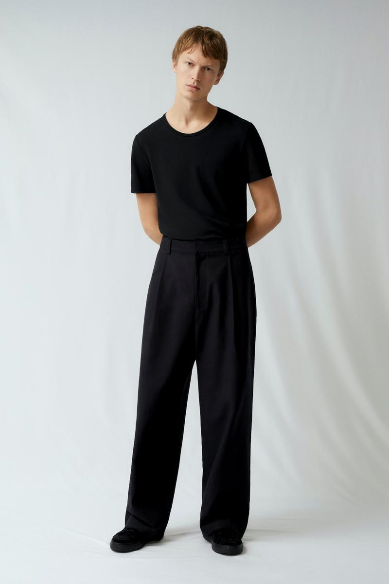 cos spring menswear summer collection lookbook black tee t shirt pants shoes