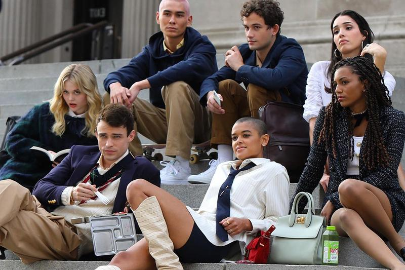 Gossip Girl Reboot Remake Cast HBO Max TV Show Series Met Steps Behind The Scenes