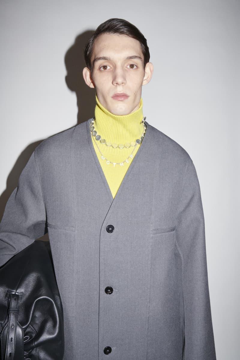 jil sander menswear fall winter fw21 collection lookbook gray cardigan yellow sweater