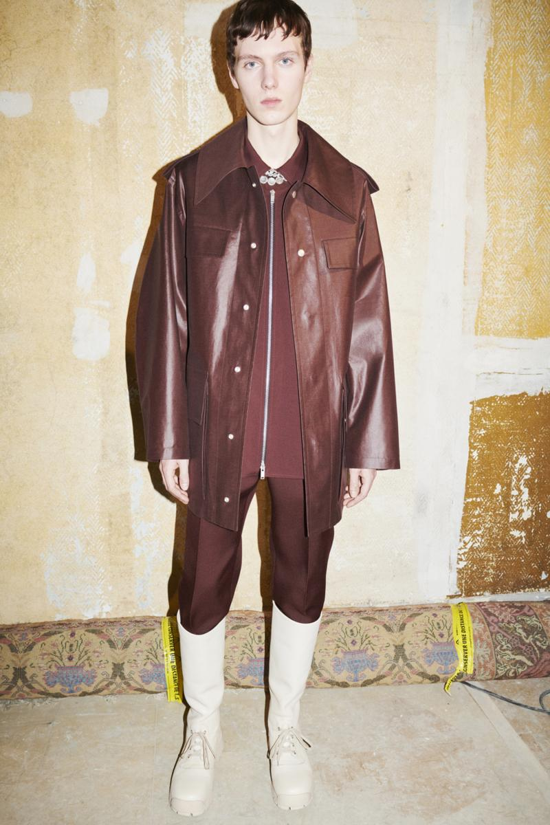 jil sander menswear fall winter fw21 collection lookbook red brown leather jacket boots