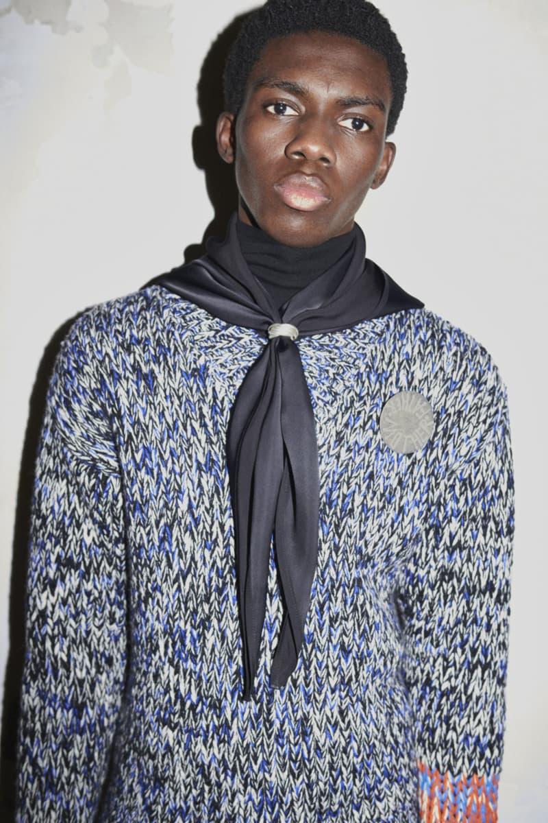 jil sander menswear fall winter fw21 collection lookbook blue black white knit sweater scarf