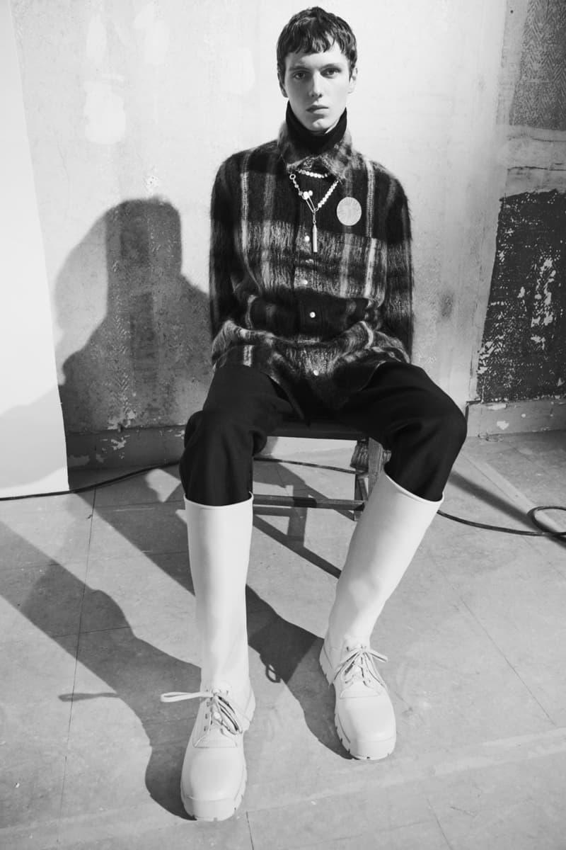 jil sander menswear fall winter fw21 collection lookbook black plaid check wool knitwear top boots