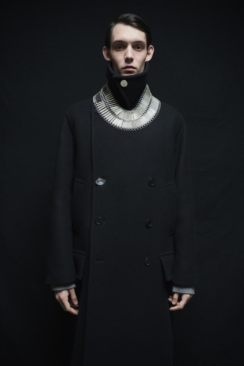 jil sander menswear fall winter fw21 collection lookbook necklace coat