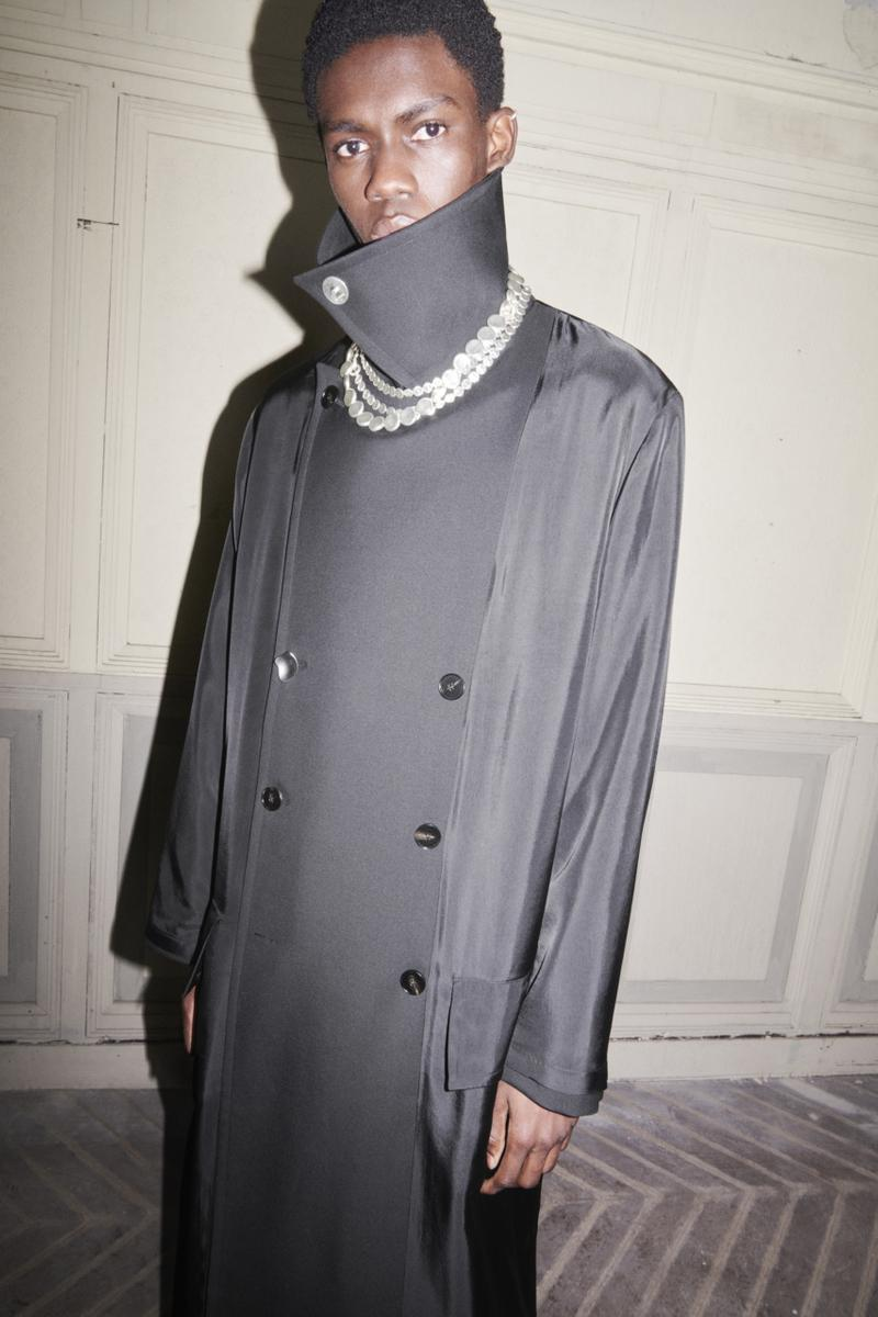 jil sander menswear fall winter fw21 collection lookbook black double breasted coat necklace