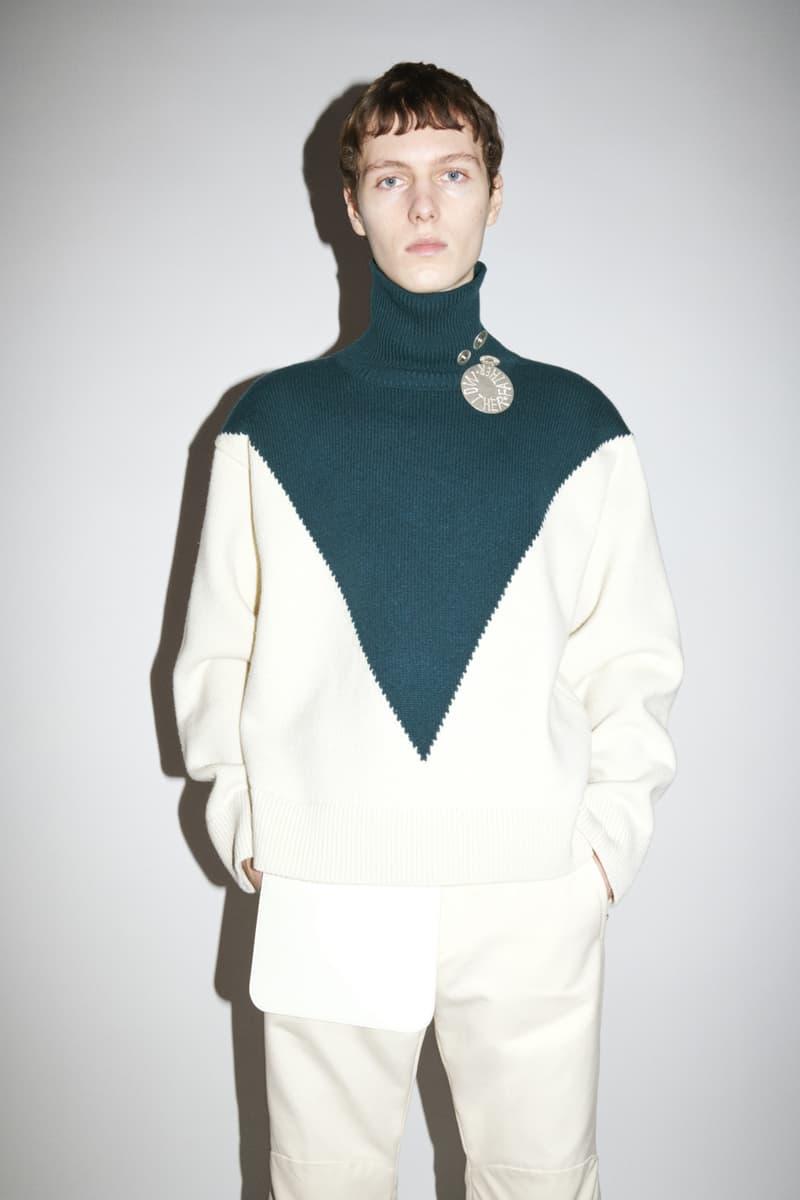 jil sander menswear fall winter fw21 collection lookbook white turquoise collar neck sweater knitwear
