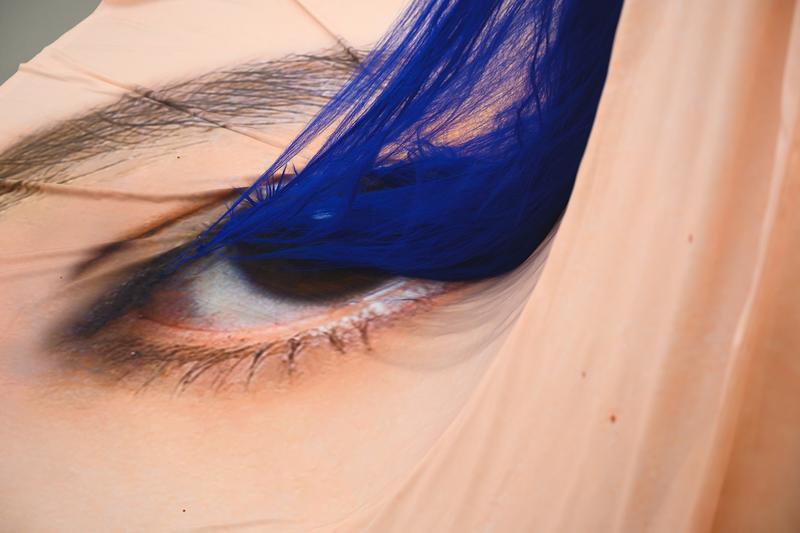 john yuyi eye sees no lashes first solo exhibition tao artist taiwan installation works