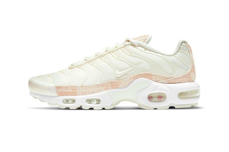 nike air max plus sneakers pink snakeskin print white colorway sneakerhead footwear shoes lateral