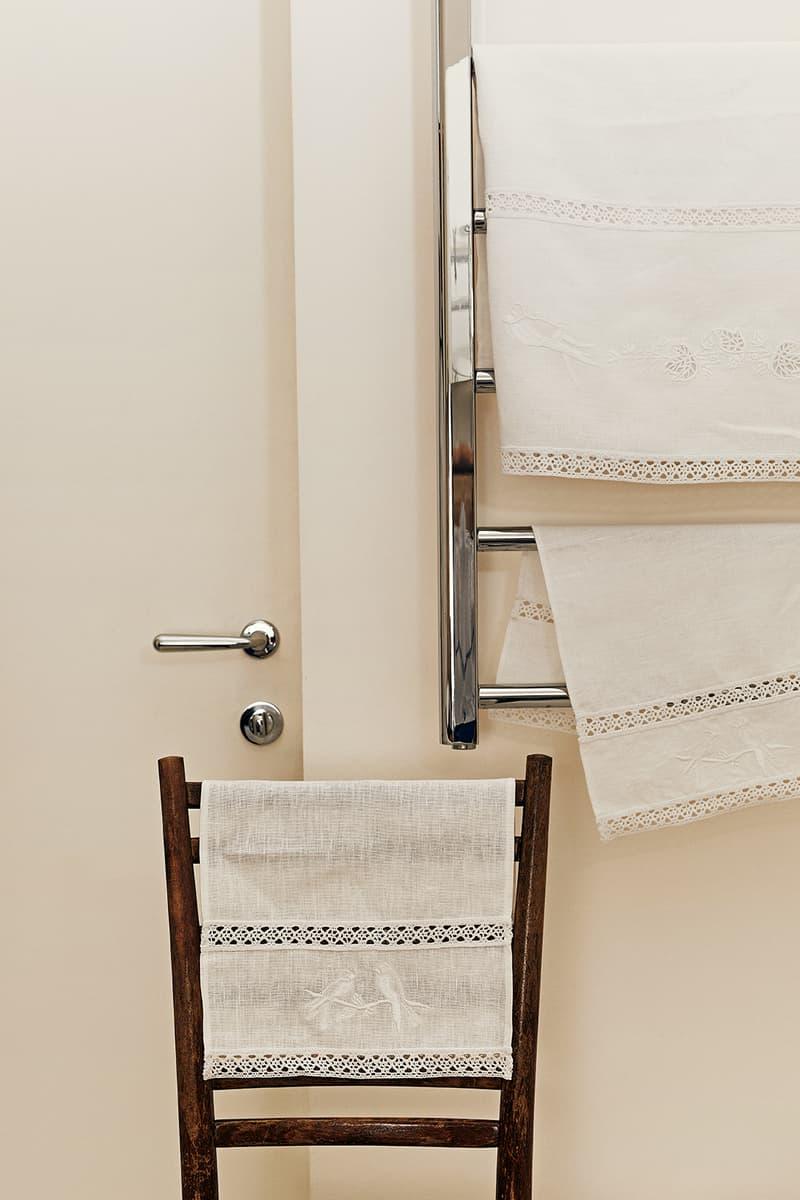 sleeper home homeware decor collection chair door handle towel cloth white rack