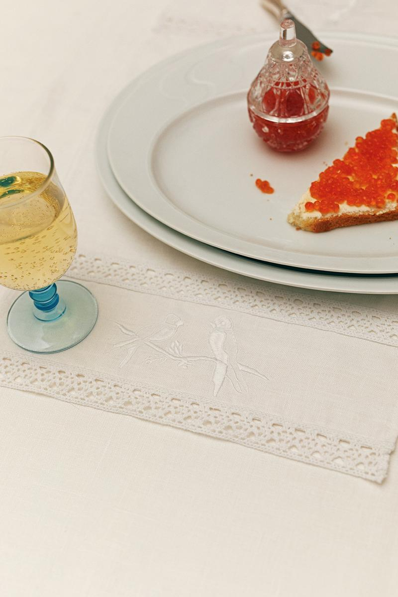 sleeper home homeware decor collection table cloth glass dish white toast jam