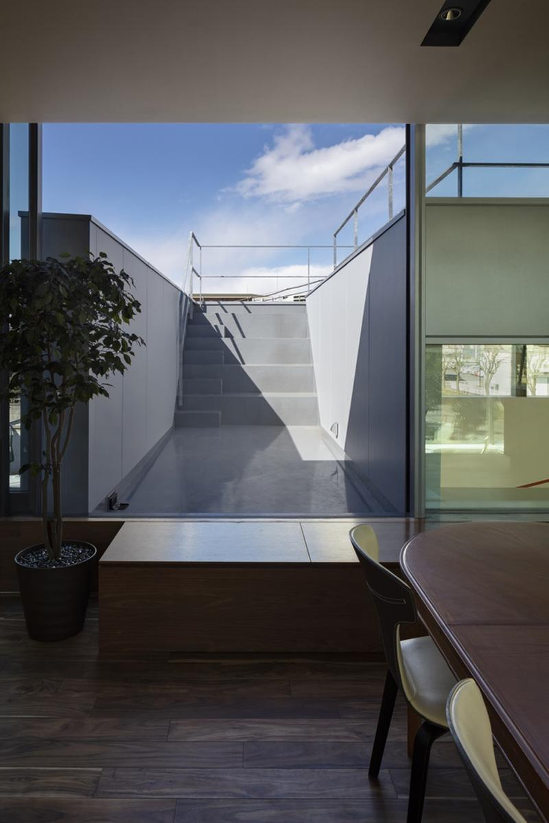 japan aisaka architects atelier house in tsukuba interior home design terrace outside