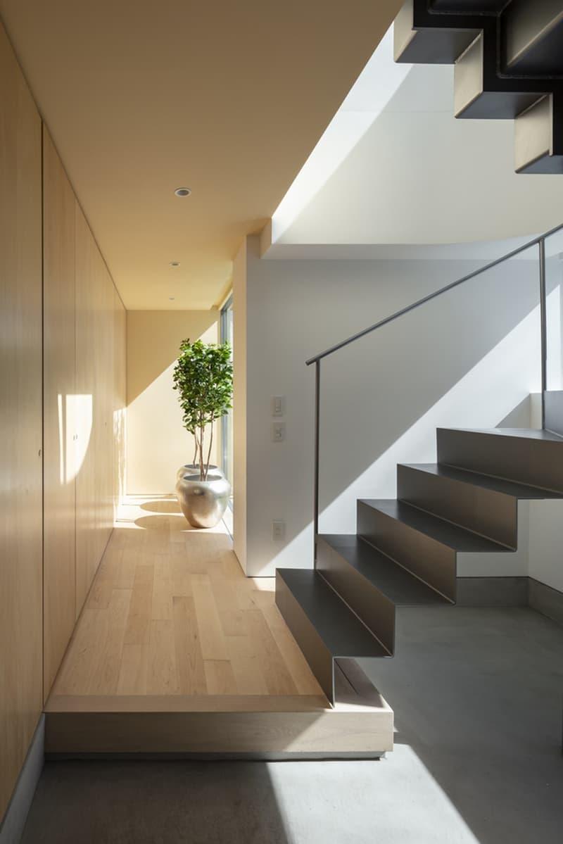 japan aisaka architects atelier house in tsukuba interior home design staircase hallway