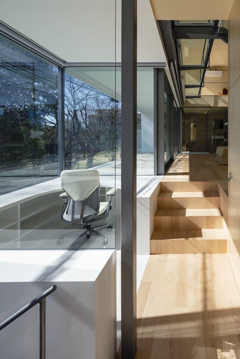 japan aisaka architects atelier house in tsukuba interior home design glass window walls hallway