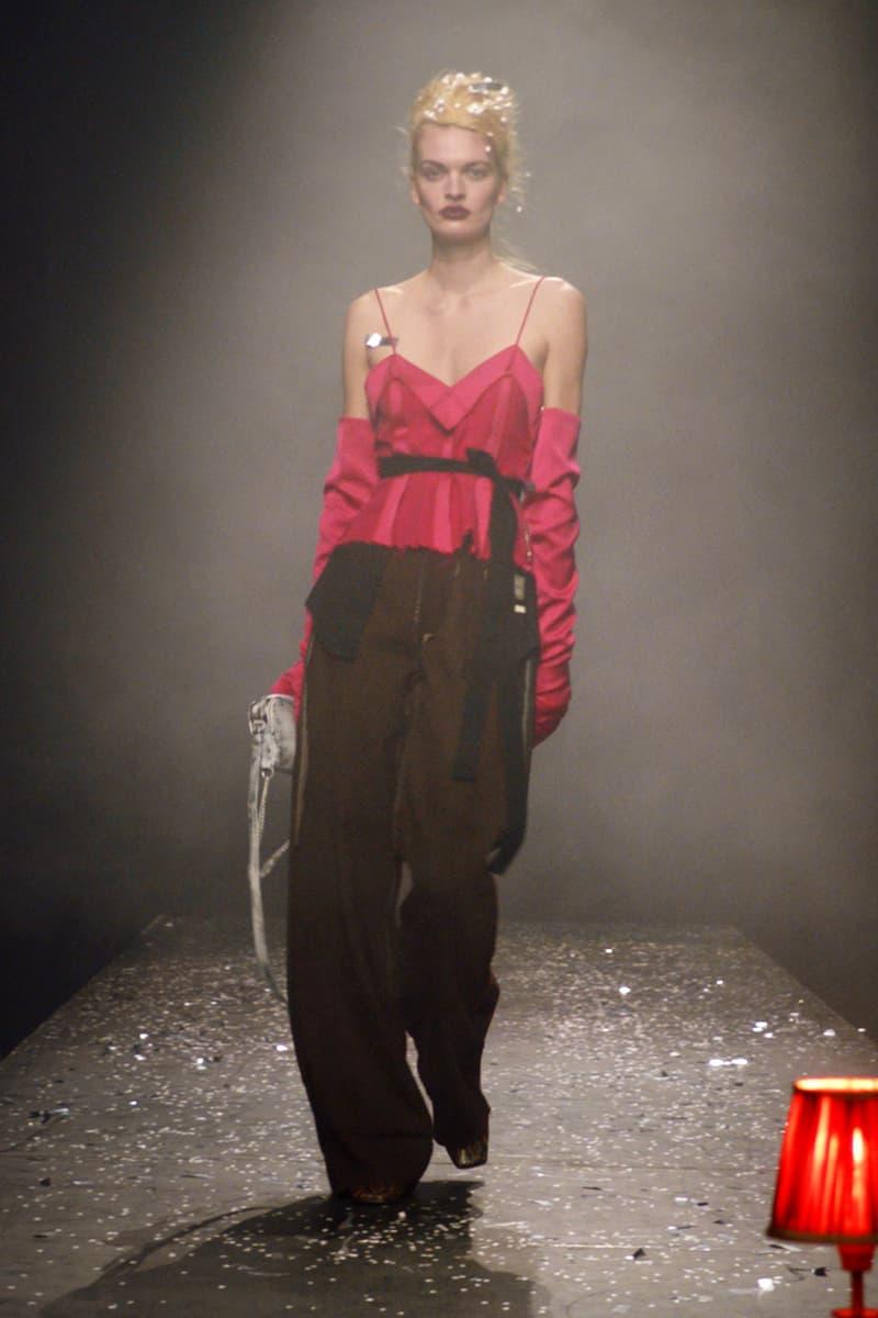 mm6 maison margiela fall winter collection paris fashion week pfw cami top gloves pants pink black