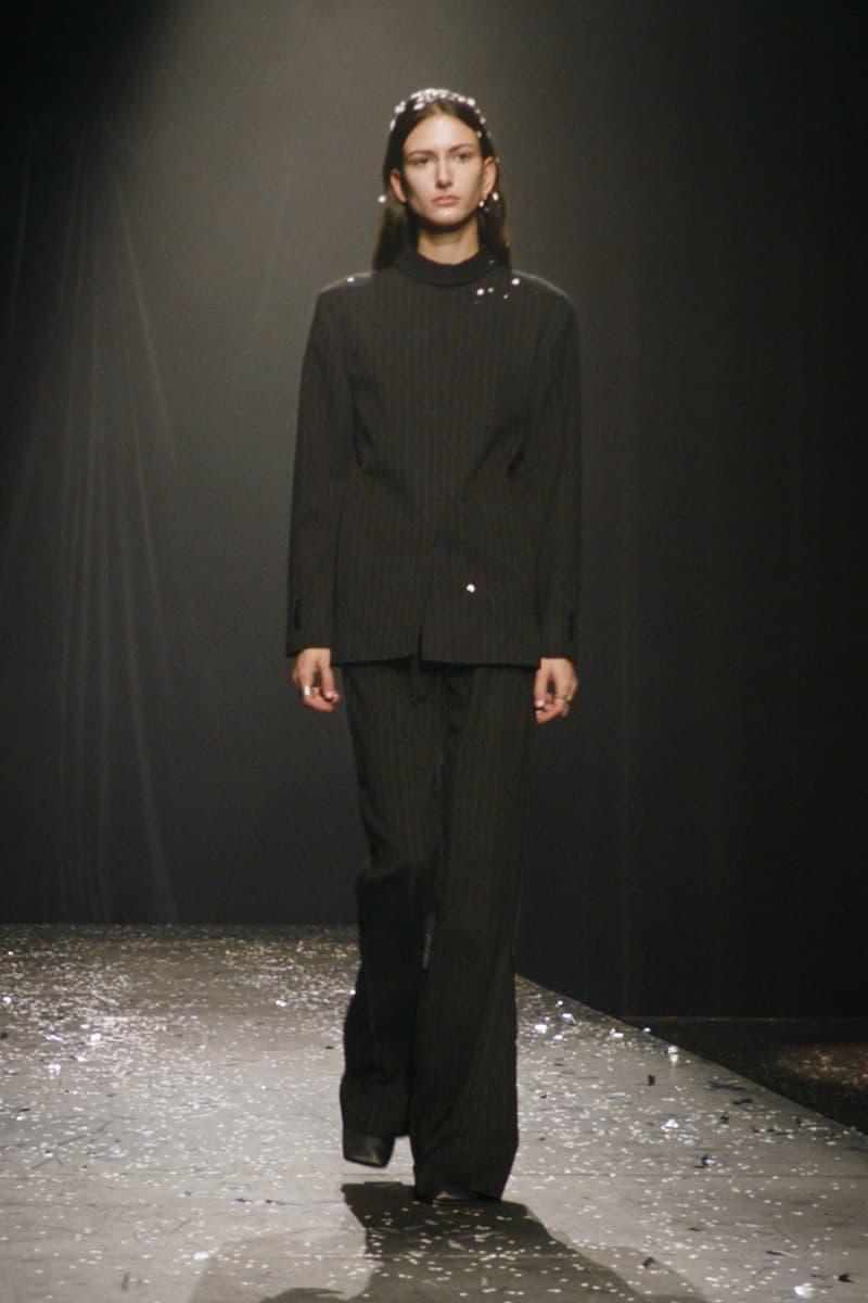 mm6 maison margiela fall winter collection paris fashion week pfw long sleeve top pants black