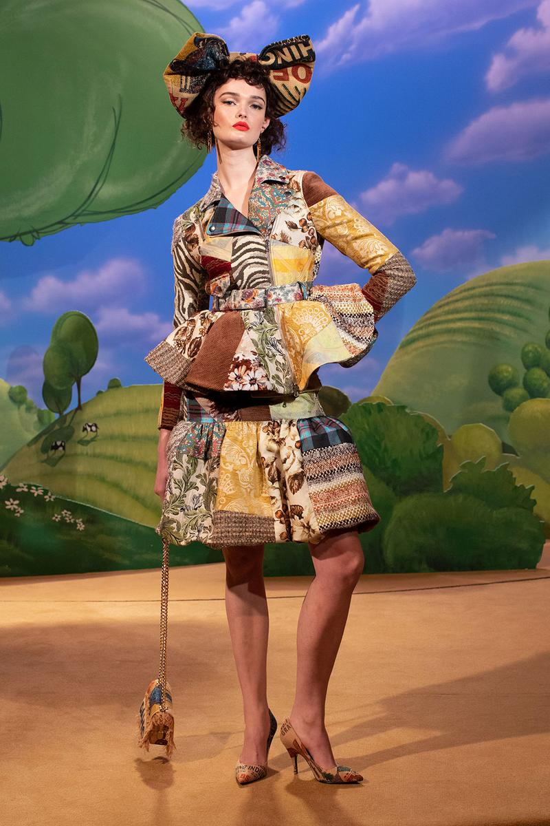 moschino fall winter fw21 collection jungle red show farm grass sky