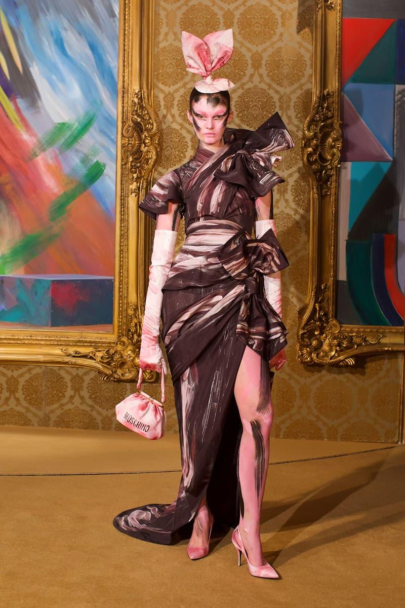 moschino fall winter fw21 collection jungle red show jeremy scott paint print pattern dress