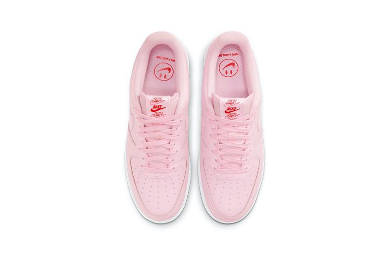 nike air force 1 af1 low pink bag new york city bodegas sneakers footwear shoes sneakerhead aerial birds eye view insole