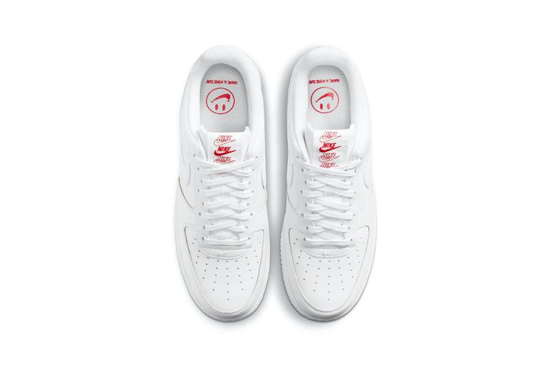 nike air force 1 af1 low white bag new york city bodegas sneakers footwear shoes sneakerhead lateral aerial birds eye view insole