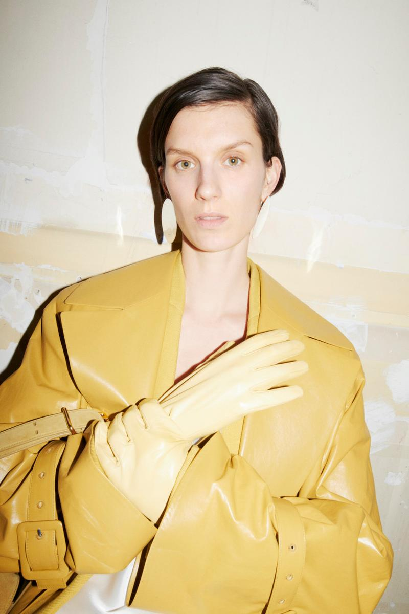jil sander fall winter womens collection paris fashion week pfw jacket necklace