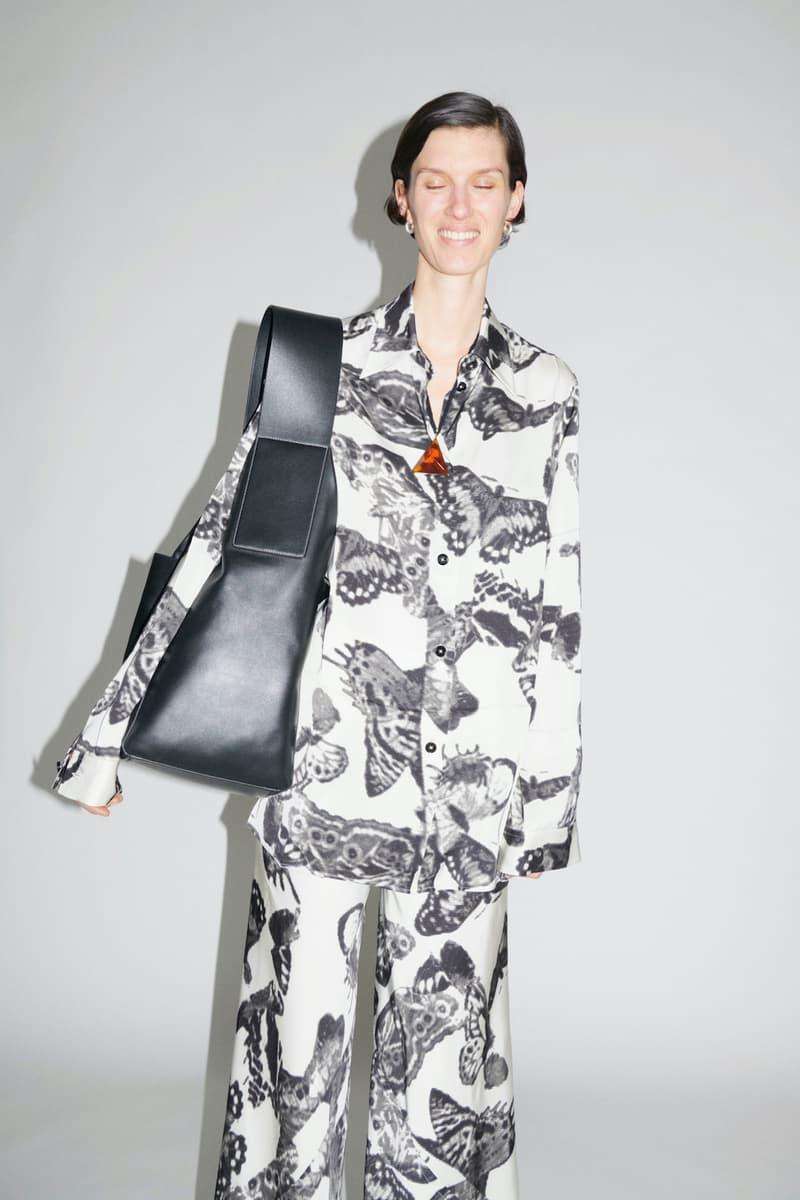 jil sander fall winter womens collection paris fashion week pfw outerwear jacket handbag pants