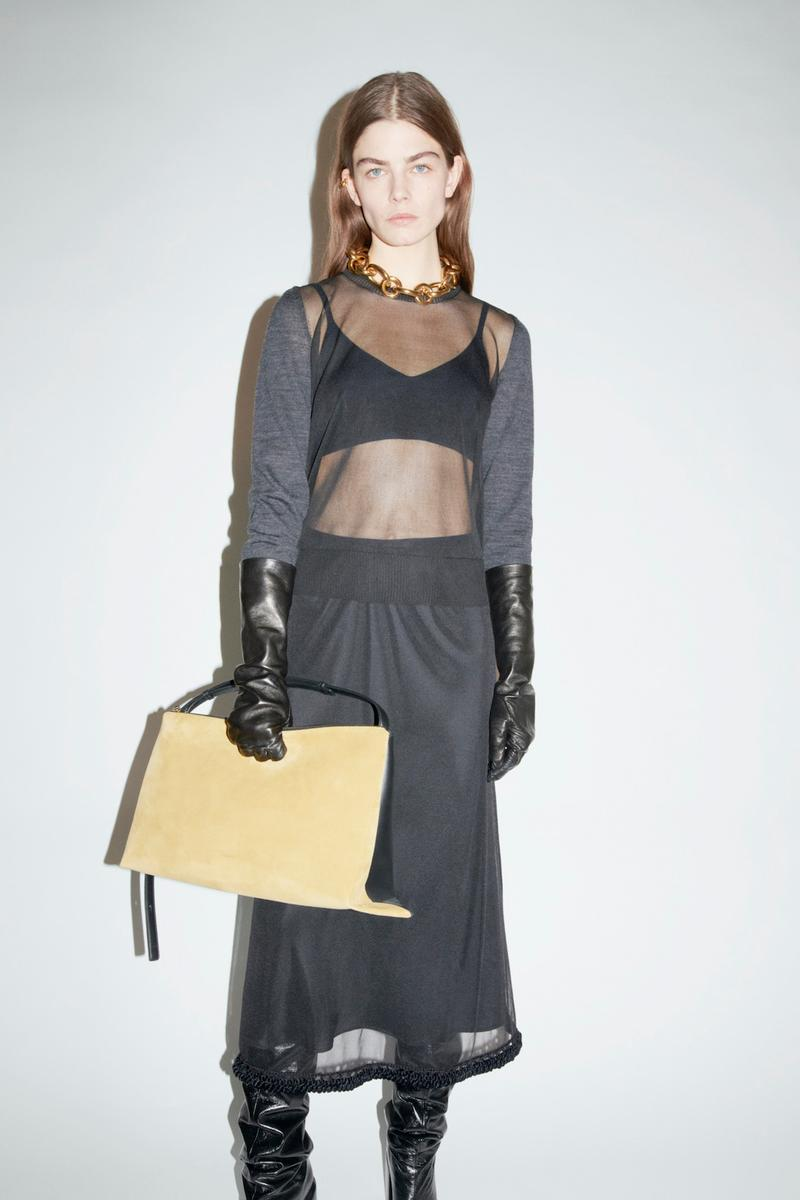 jil sander fall winter womens collection paris fashion week pfw long sleeve top bralette gloves skirt boots handbag