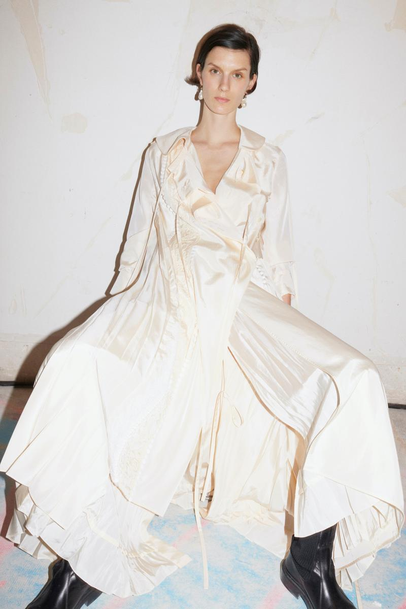 jil sander fall winter womens collection paris fashion week pfw skirt top boots