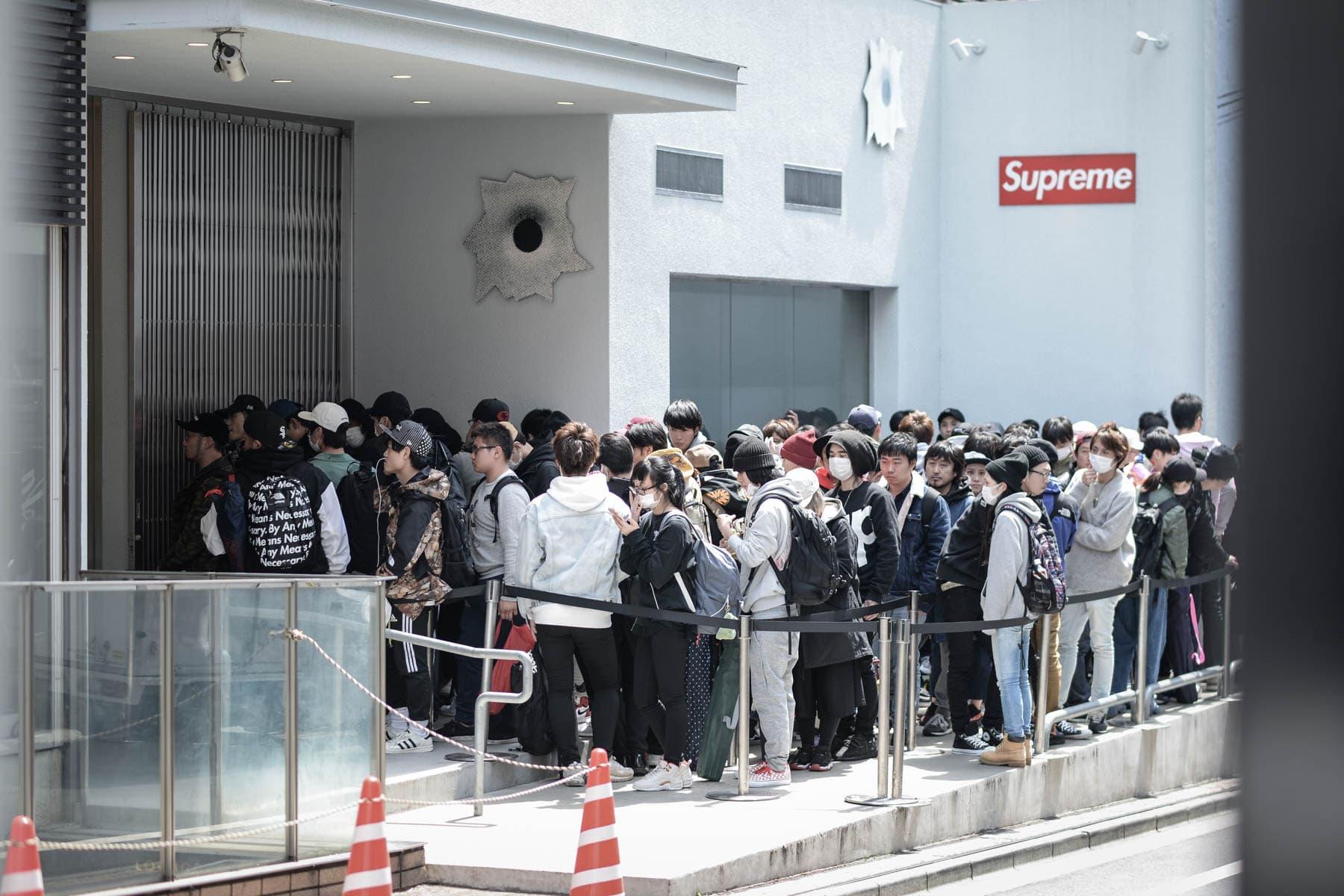 Supreme x COMME des GARÇONS SHIRT の東京ローンチをプレイバック