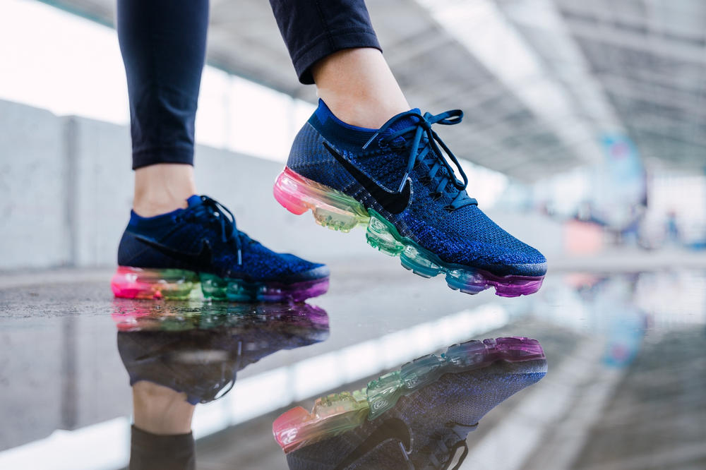 "Nike が Air VaporMax より LGBTQ ""Be True"" コレクションをリリース"