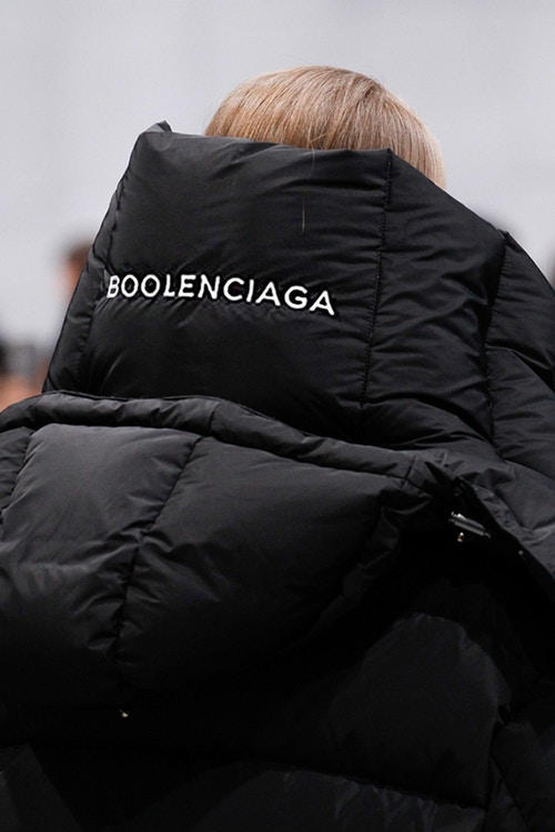 BOOLENCIAGA と名付けられた新たなパロディレーベルがローンチ