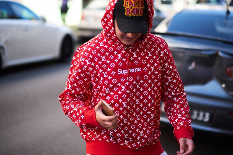 現地に駆けつけたファンのスタイルとともにポップアップの店内の様子を捉えた写真もご紹介 想像を上回る長蛇の列ができたシドニーの Supreme x Louis Vuitton ローンチ シュプリーム ルイヴィトン