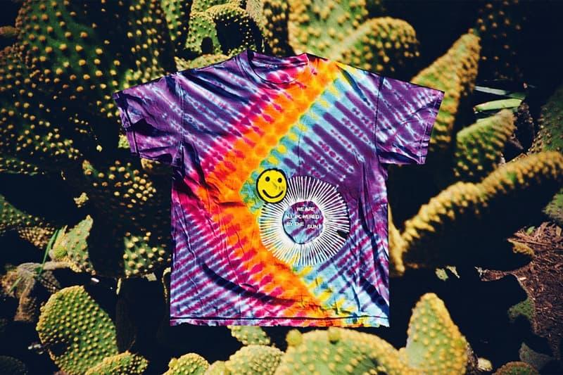 Cactus Plant Flea Market がスマイルパッチを配したカラフルなタイダイTシャツをリリース ビーチやフェスにぴったりのサイケデリックな仕上がり