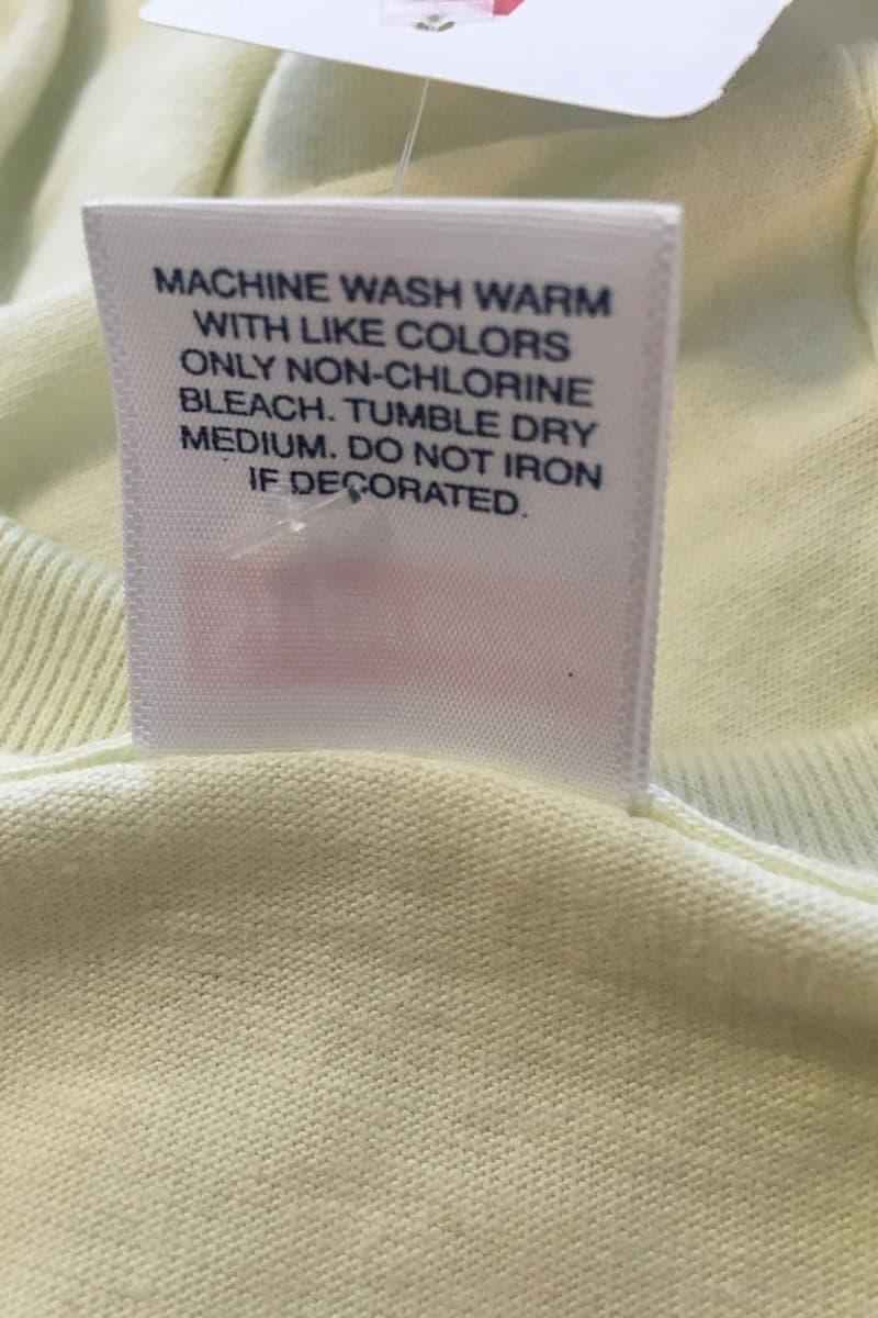 Supreme の無地Tシャツが米大型スーパーにて4ドル(約440円)で販売されるという珍事件が発生 シュプリーム Kマート ケーマート