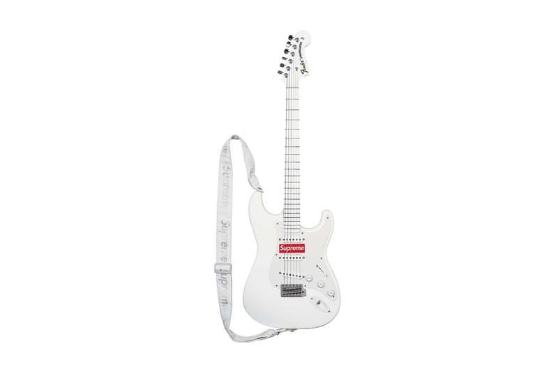 アンケート: あなたが欲しい Supreme 2017年秋冬シーズンのアクセサリーは何? 〈Fender〉のギター? それともお箸や徳利/お猪口セット?