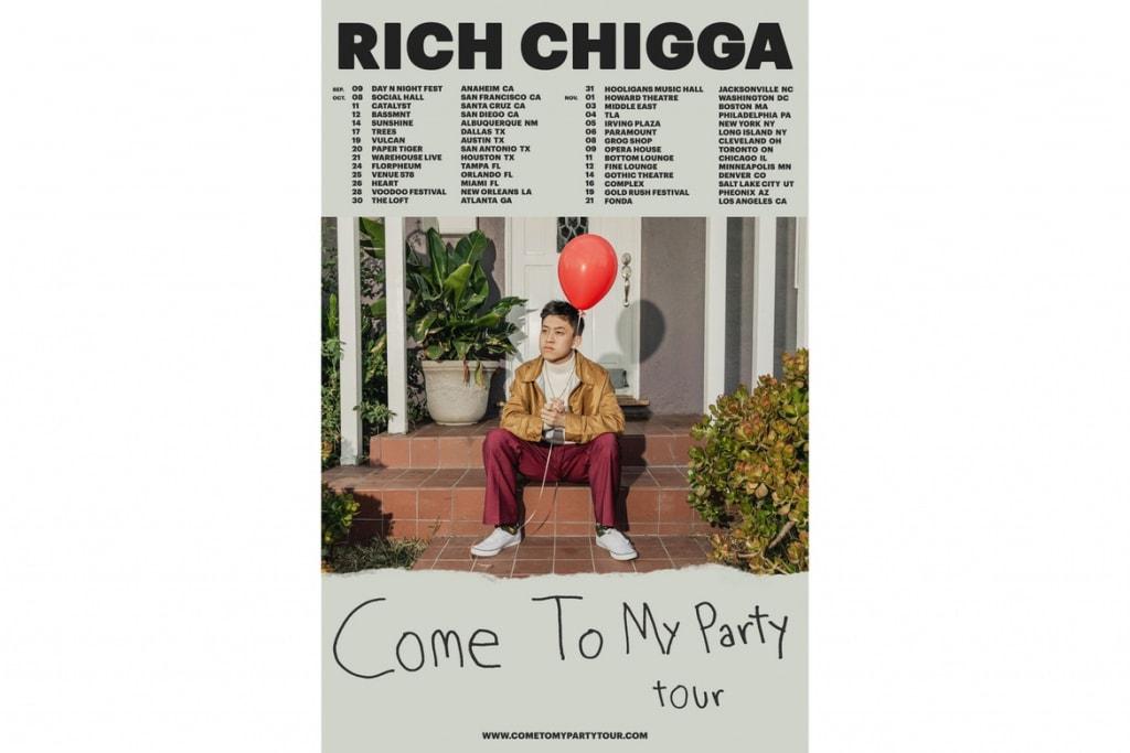 """大御所たちもこぞって注目する17歳の新鋭ラッパー Rich Chigga が """"Glow Like Dat"""" のMVを公開 ハードなスタイルから一変、ひまわり畑の真ん中で女性への想いを歌う"""