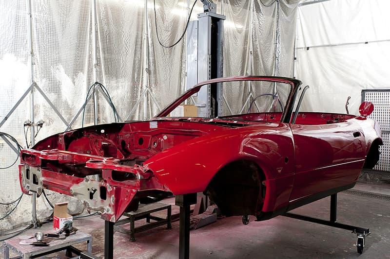 """マツダが名車 NA ロードスターのレストアサービスを正式発表 """"世界で最も多く生産された2人乗り小型オープンスポーツカー""""が蘇る"""
