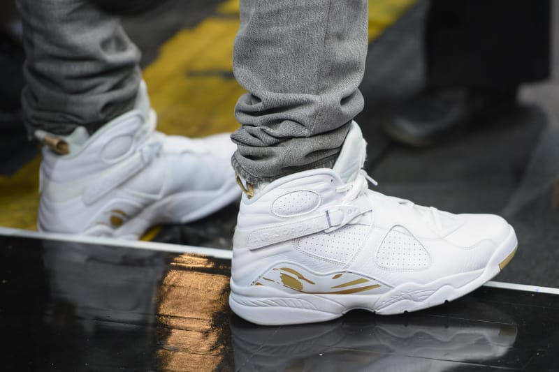 Air Jordan 8 OVO が2018年1月にリリース release date 2018 january  Octobers Very Own