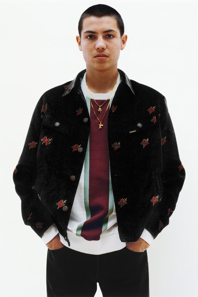 Supreme が2017年秋冬コレクションのルックブックを公開 『スカーフェイス』関連のアイテムやマーク・ゴンザレスとのコラボピース、そしてボックスロゴフーディも登場 ジャケット レザー パーカー Tシャツ キャップ