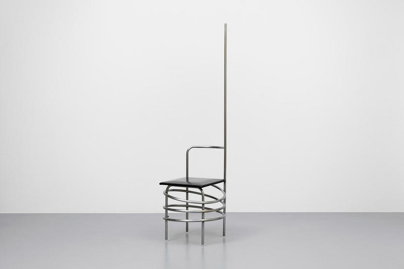 COMME des GARÇONS の川久保玲がデザインした家具をパリにて展示 コムデギャルソン コム・デ・ギャルソン rei kawakubo ギャルソン 椅子  家具 design furniture