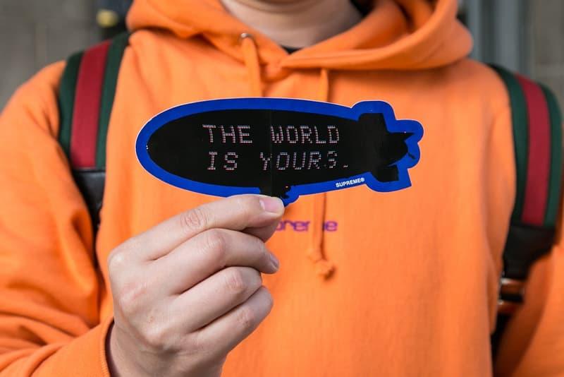 """Supreme x 『スカーフェイス』のコラボピースが登場したロンドンでのリリースをレポート """"The World Is Yours."""""""