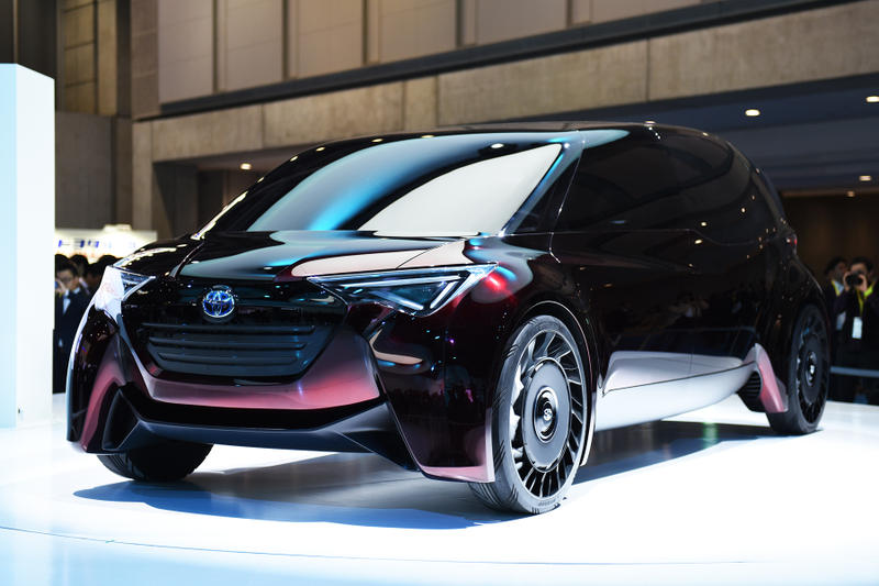 東京モーターショー2017 出展各メーカーの注目車両を一挙ご紹介 終日取材が絶えなかった東京五輪導入予定の「TOYOTA」製新型タクシー&バスを筆頭に自動車産業の未来を感じさせる各社のコンセプトモデルをフォトセット形式でお届け トヨタ Nissan 日産 三菱 MITSUBISHI BMW Benz Volkswagen フォルクスワーゲン  Mercedes-Benz メルセデス・ベンツ Honda  ホンダ コンセプトカー 東京オリンピック